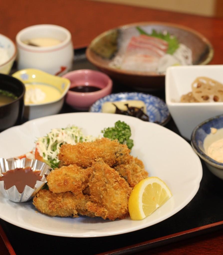1840円税込夜だけの御膳です。